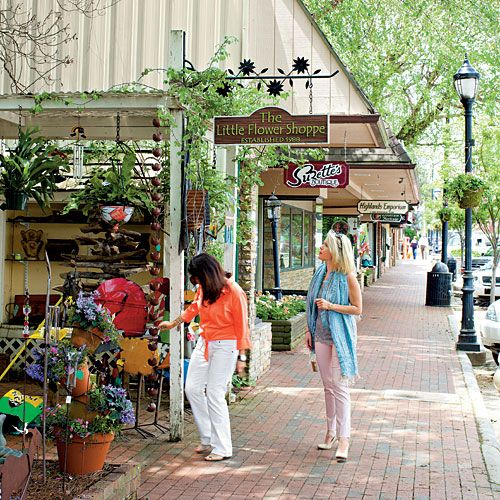 North Carolina Road Trip: Lake Lure to Highlands - Southern Living