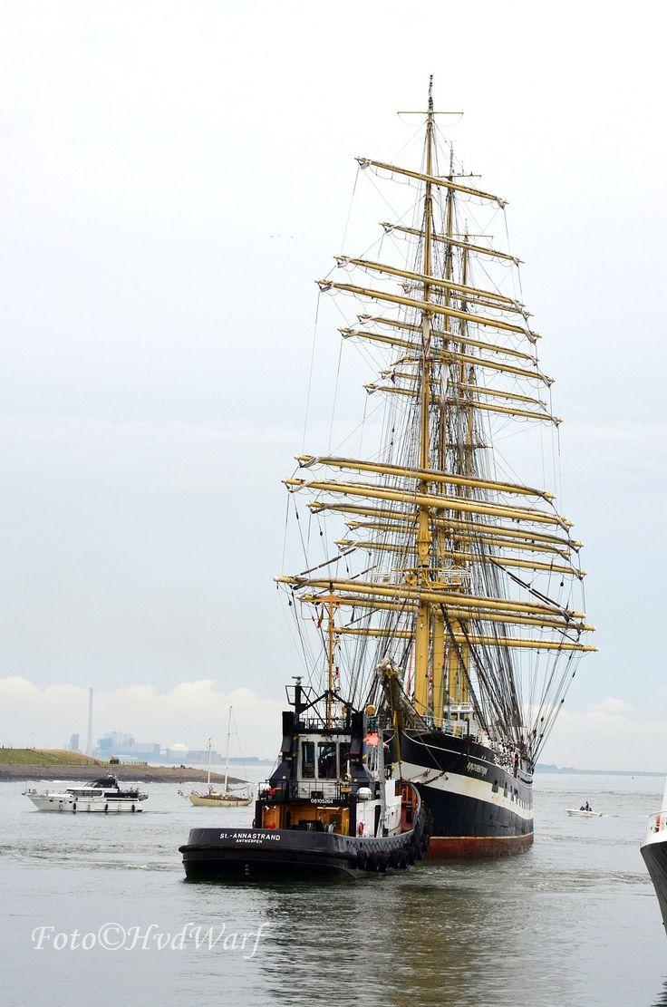 # Sail de Ruyter Vlissingen 2013 # Tug met de Kuzensthern