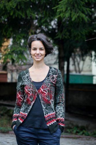 Bluza pt alaptare si sarcina, noua la Ecomami!  Este formata din jacheta si maieu, din lana si poliester, potrivita pt iarna! http://bit.ly/1wOjmVA