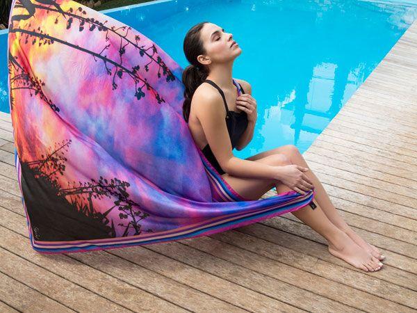 Peplos eshop is primarily a luxury scarf brand focusing on prints inspired by the work of contemporary greek artists. Peplos ideas scarf, model: Melia Kreiling. #eshop #webdesign #eshopdesign #mobilesites