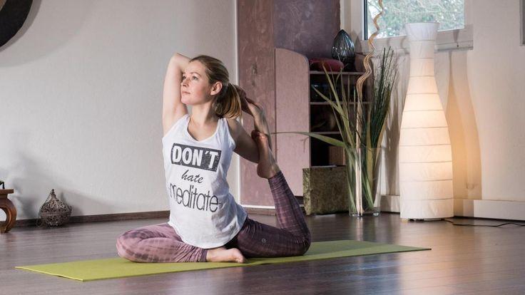 Unsere Autorin ist Schauspielerin und absolvierte eine Yogalehrer-Ausbildung. Hier schreibt sie über ihre Leidenschaft. Heute geht es um Yoga und Pilates: Was ist eigentlich was? Und was ist wofür gut?