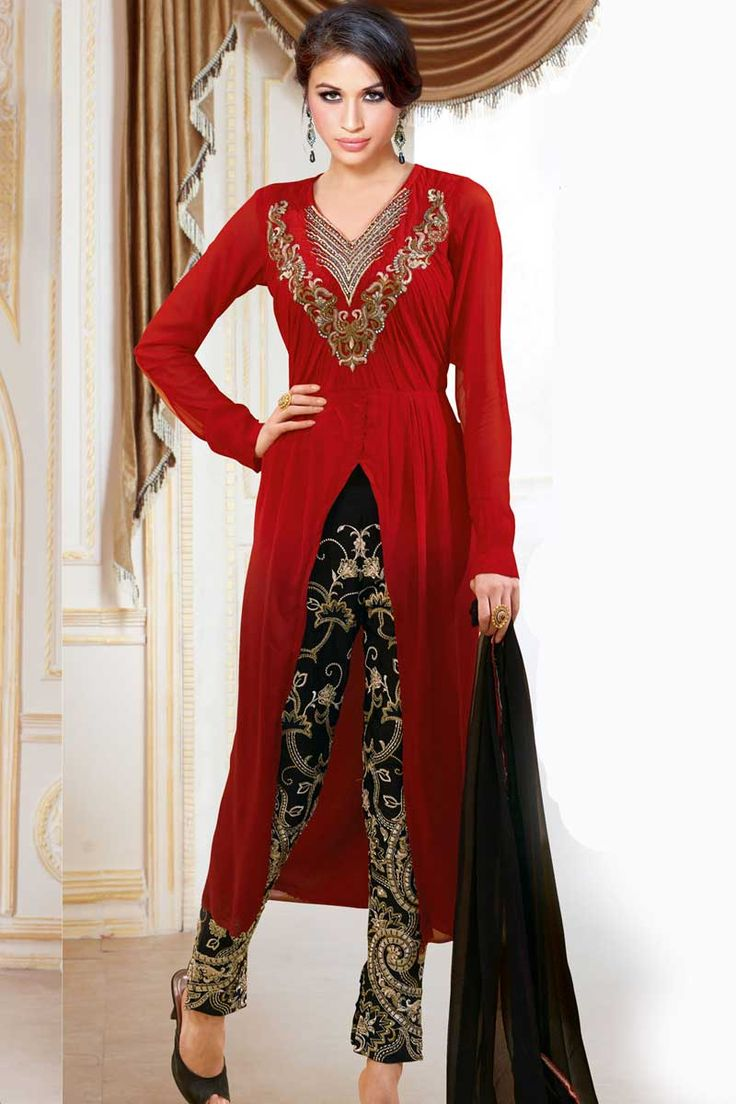 Maroon Georgette Trouser Suit Price:- £79.00 Maroon Georgette, semi stictch trouser suit. V neck, Above knee length, full sleeves kameez. Black satin trouser. Black chiffon dupatta with lace border with work. It is perfect for bridal wear, casual wear, festival wear and party wear wear. http://www.andaazfashion.co.uk/maroon-georgette-trouser-suit-dmv13524.html