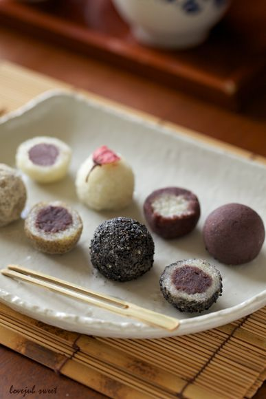 Delicious Japanese sesame ball snacks. Perfect with a cup of green tea. Japanese snacks are super yummy!