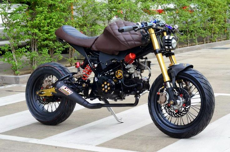 Honda Grom custom with leather tank cover | 200+ Custom Honda Grom / MSX125 Pictures - Photo Gallery