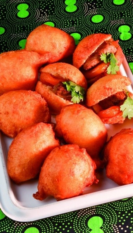 Vetkoek/amagwinya with curried ostrich; for a plain recipe, see here: http://www.ejozi.co.za/south-african-recipes/vetkoek-recipe.html