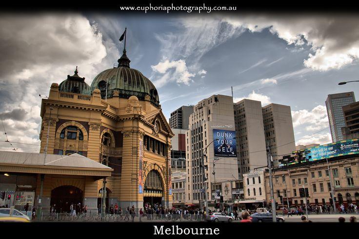 Melbourne , Fleenders street train station