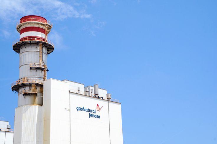 Rótulo fachada retroiluminado Gas Natural Fenosa