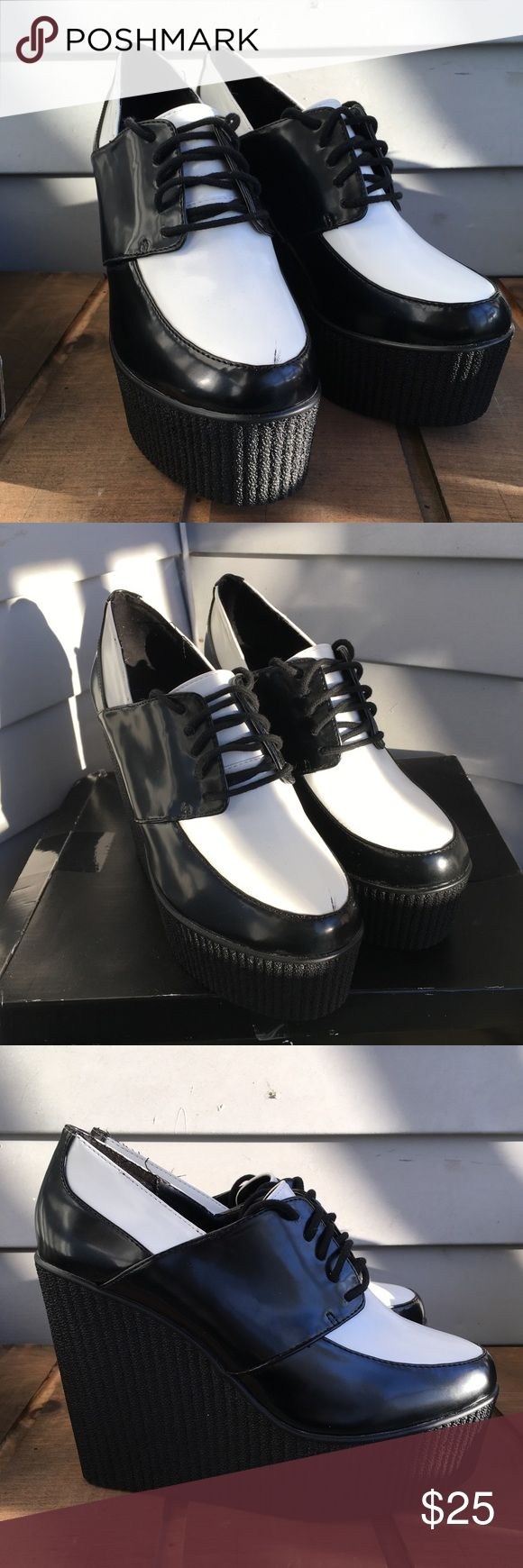 Forever 21 Faux Leather Platform Creepers Are creepers still in style? I'm always a few seasons behind...BEHOLD these gorgeous Platform creepers that have been sitting in their original box since 2014! A spontaneous buy, I have never worn them, just stared at them longingly. Please, someone get these so I can see how you style them! Forever 21 Shoes Platforms