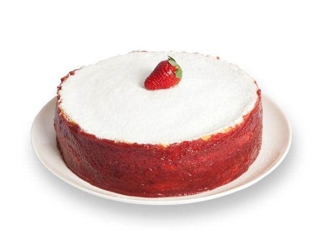 Expresso dos Sabores | Torta Bem Casado de Morango - Finas camadas de pão de ló especial, recheadas de creme maravilha, morangos picados e chantilly, decorada com açúcar de confeiteiro
