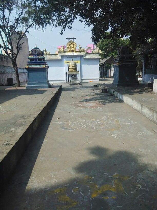 Kanikandeswarar near karkinil ammarndavel koil street kanchipuram www.kanchipuramguide.com