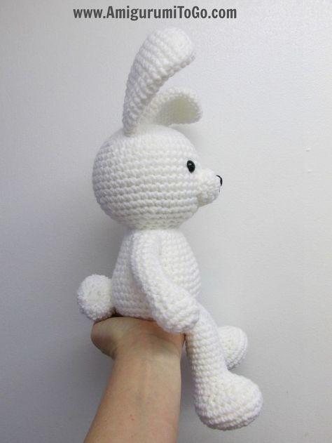 Regular Legs For Valentine Bear and Pom Pom Tail For Valentine Bunny ~ Amigurumi To Go ༺✿ƬⱤღ http://www.pinterest.com/teretegui/✿༻
