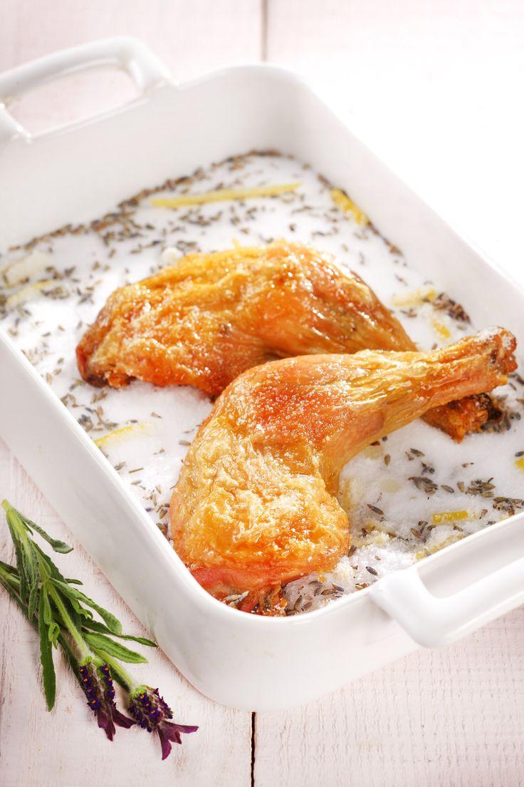 Chicken baked in salt with lavender Photo: Zita Csigó