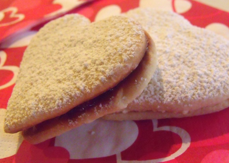 Almond Raspberry Cookie Sandwiches   Recipes to Try   Pinterest