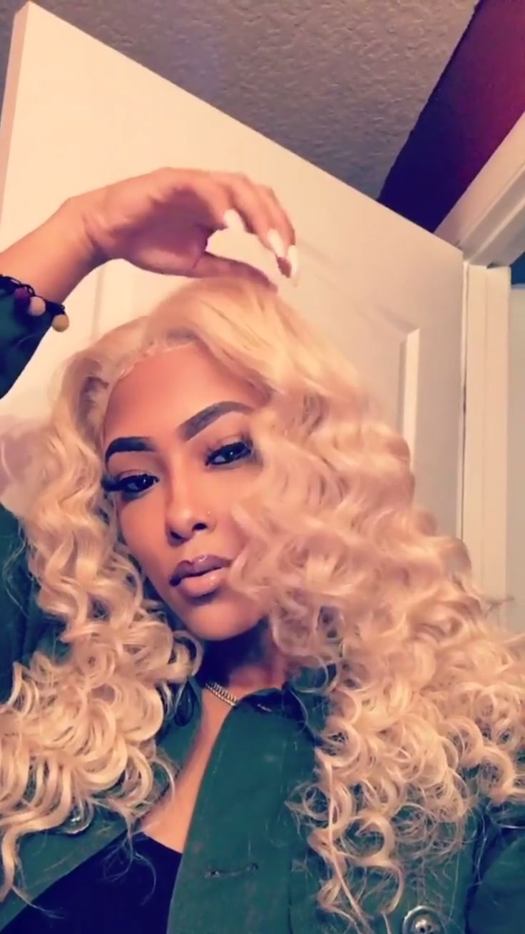 sew in hairstyles with color blonde