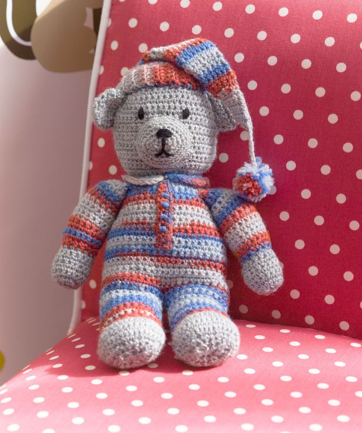 Sweet Dreams Teddy crochet FREE pattern, UK.  Thanks so xox ☆ ★   https://www.pinterest.com/peacefuldoves/