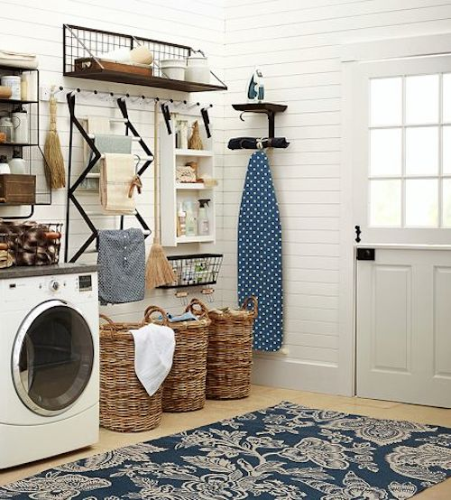 Great Indoor Outdoor Rug Perfect For A Laundry Room Rstyle