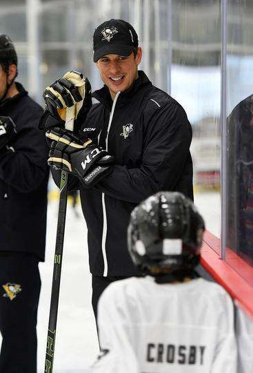2016 Little Penguins Golden Ticket Skate - 02/26/2016 - Pittsburgh Penguins - Photos