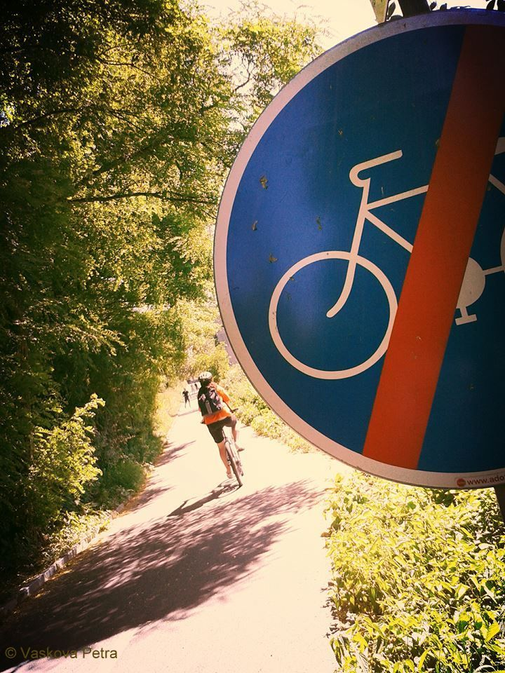 No cycling on cycleway:) © Petra Vaskova