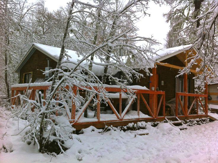 Cabaña con nieve