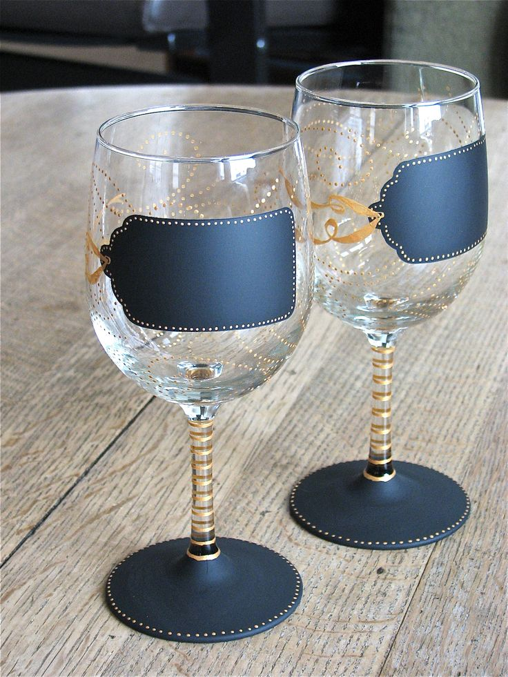 The 25 best hand painted wine glasses ideas on pinterest for Hand designed wine glasses