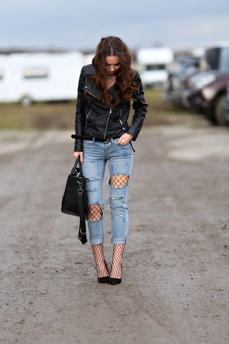 OOTD - síťované punčochy a roztrhané džíny | fishnet tights and ripped jeans