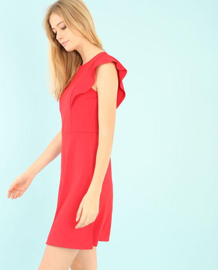 Vestido de patinadora con volante rojo