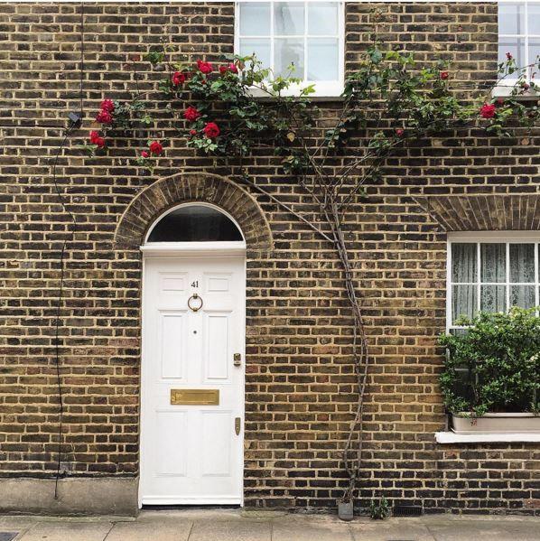 Banham Brass Locks look great on this white door. credit @thedoorsofldn  & 48 best Locks images on Pinterest | Locks Security lock and Door ... pezcame.com