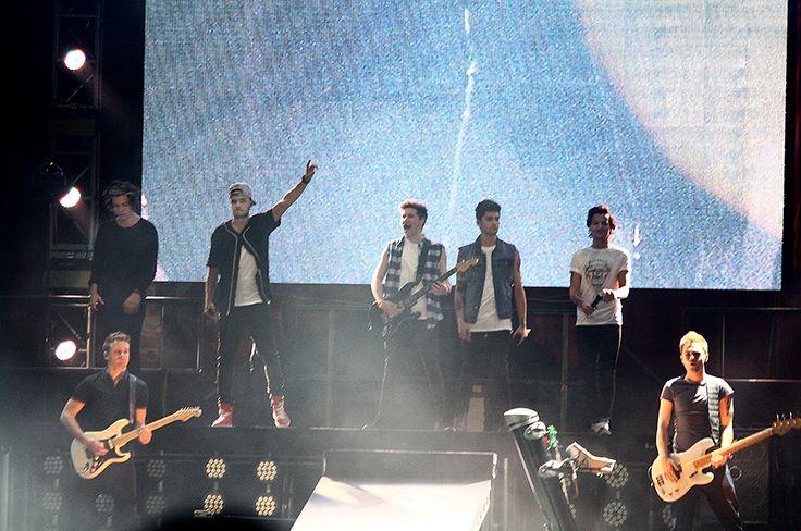 Espectacular e histórico concierto de One Direction en Bogotá