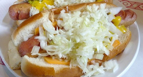 Recipe from Food Fare Recipes Image from Foodspotting6 Steamies--Coleslaw 1/2 head cabbage, finely diced 1 small onion, finely diced 1 stalk celery, diced 1/2 cup mayonnaise Black pepper, to taste --Steamies 6 large franks 6 large hot dog buns Mustard, to taste 1 onion, diced ColeslawPrepare the coleslaw vegetables, and combine all the ingredients in a large bowl. Mix well,