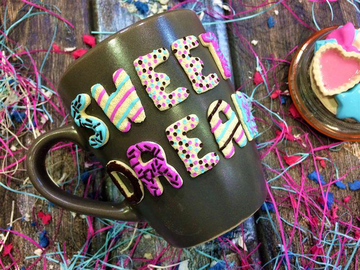 """Магазин Candy Clay рад предложить вам большой выбор эксклюзивных подарков, чая, кофе и сладостей. --- В нашем магазине вы всегда сможете найти уникальные подарки и сладости: Большой Выбор Чая; Кофе; Полезный мёд Peroni Honey; Эксклюзивный шоколад Choсo Me; Шоколад Дом Печенья """"Дакуаз""""; Европейские сладости; Шоколад Delice; Шоколад Alkion; Chocodelika; Марципан; Драже Jelly Belly; Редкие Европейские Сладости; Вкусные Сиропы.  Милые сувениры ручной работы: Замки любви Love Lock; Вкусные ложки…"""