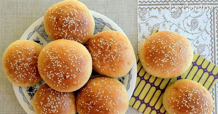 Twittear Estos panecillos de hamburguesa son los más buenos que he comido en mi vida. Tienen un sabor riquísimo p...