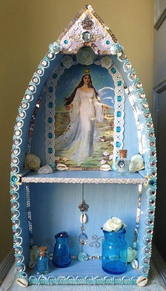 Manbo La Siren mini Altar :: All-things-vodou