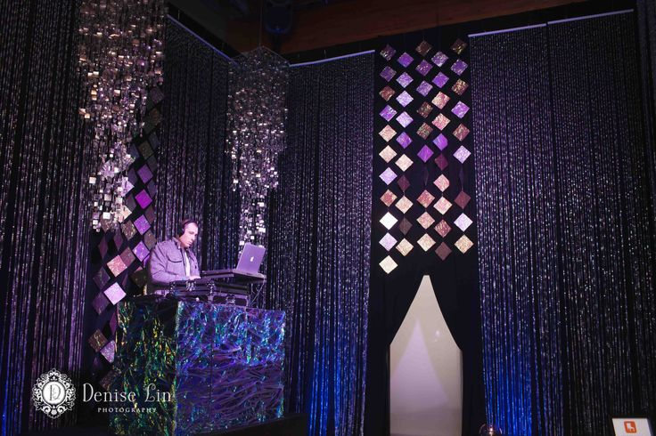 #130weddings - DJ Lounge; Loungeworks. Photos by Denise Lin Photography