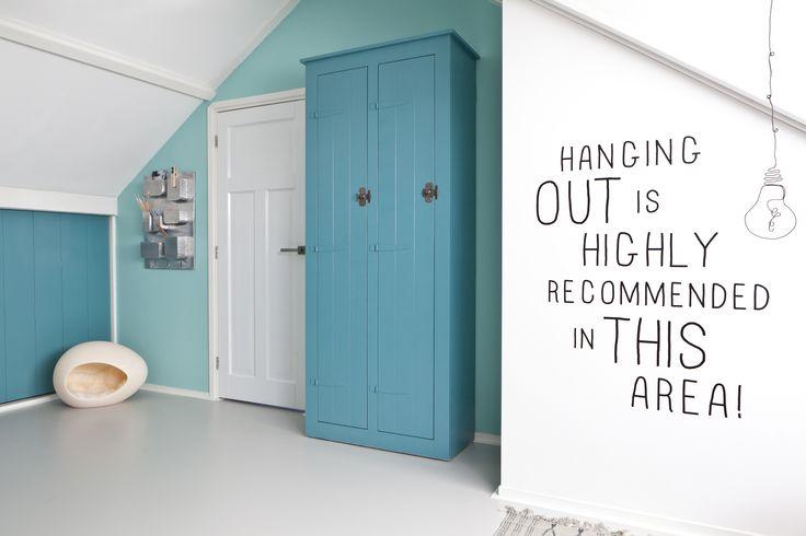 KARWEI   Aflevering 1: Azuurblauw én een mooie quote op de muren. #karwei #vtwonen #diy #doehetzelf