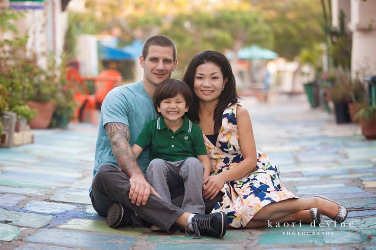 San diego family photographer family posing balboa park kaori devine photography