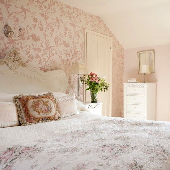 Pink floral country bedroom