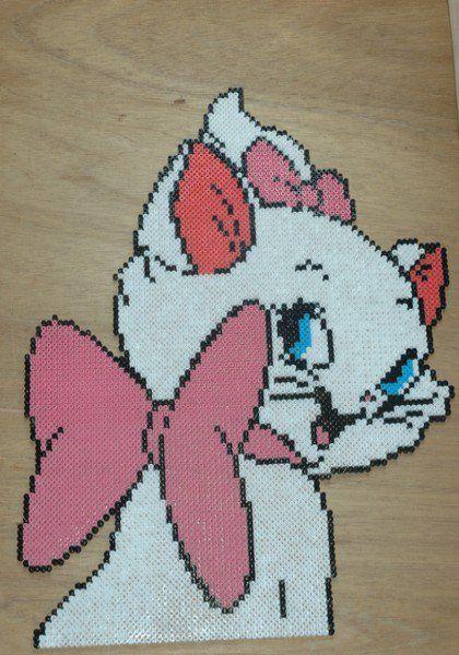 Disney Marie Aristocats hama perler beads (11 pegboards) by perleshama30