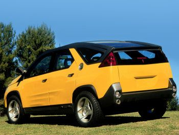 Quite a lot going wrong here, but this photo emphasizes the roofline and strange glasshouse.  Pontiac Aztek Concept 1999