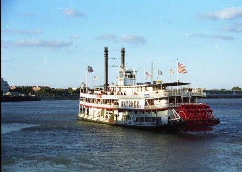 Cruceros en el río Mississippi con barcos a vapor del siglo XIX