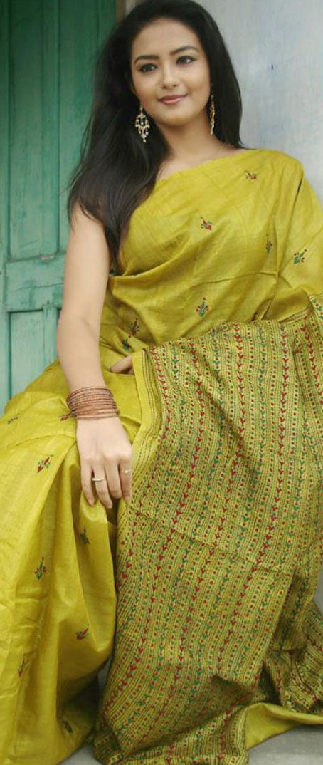 Bishnupur Tussar silk saree with kantha stitch embroidery from shantiniketan