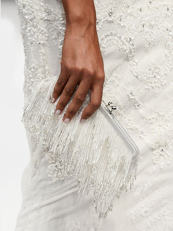 16 Stylish Purses to Carry on Your Wedding Day