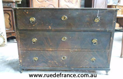 ANTIQUE SWISS EUROPEAN PINE CHEST OF DRAWERS -- FAUX PAINT FINISH