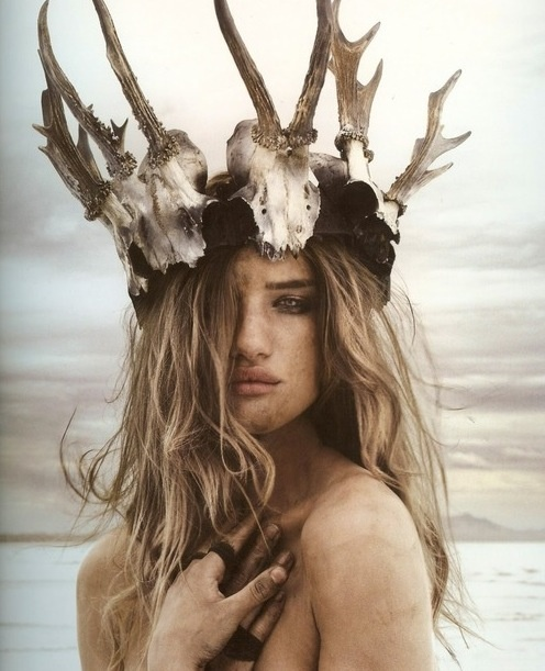 .Rosie Huntington Whiteley, Fashion, Inspiration, Crowns, Bones, Antlers, Beautiful, Photography, Rosiehuntingtonwhiteley