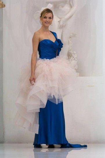 Elisabetta Polignano abito da sposa blu elettrico