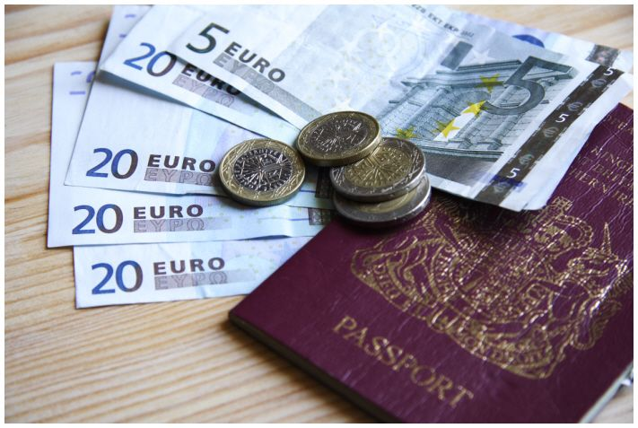 What can be better than saving money while you travel?