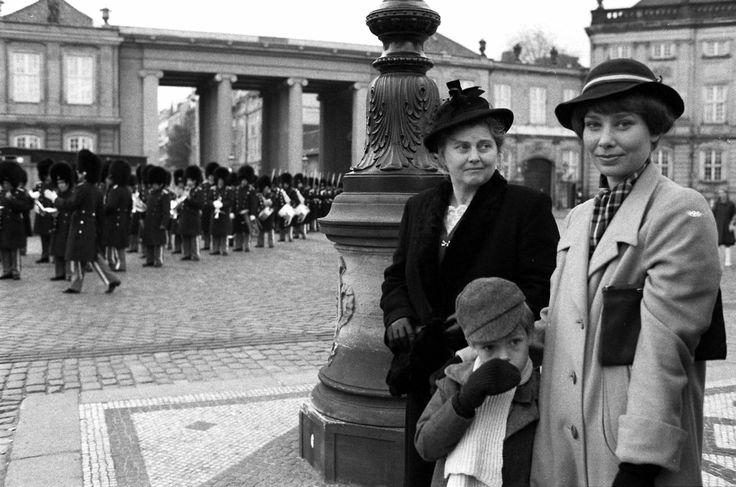 Matador, Danish actresses, Laura og Agnes i København, Dear memories, tv series, photo b/w.