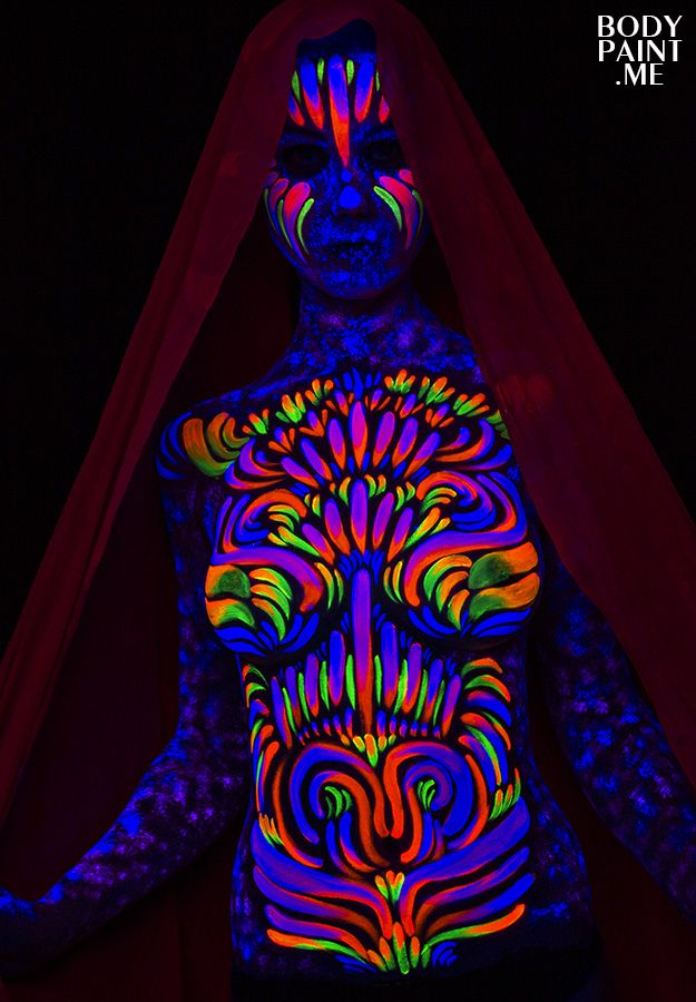 A selection of new blacklight bodypaintings from Matt Deifer at the Bodypaint.me Studio in Philadelphia