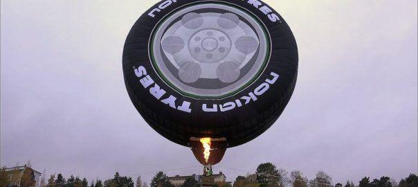 Maailman suurin autonrengas! world's largest car tire!   Viihtyy.com