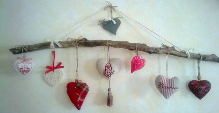 ramo decorato con cuori https://www.facebook.com/gustoarteefantasia