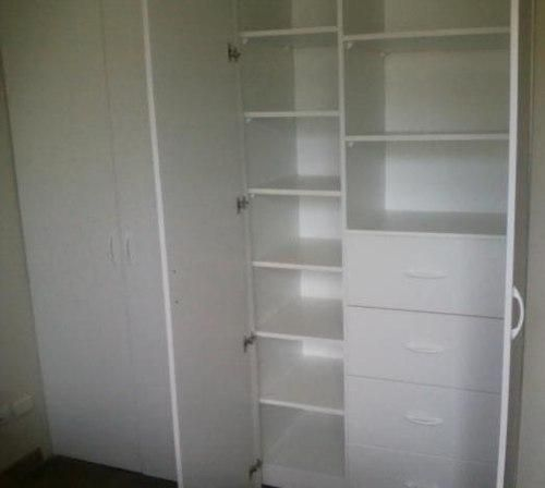 1000 images about closets on pinterest colors google and vintage for Closet melamina